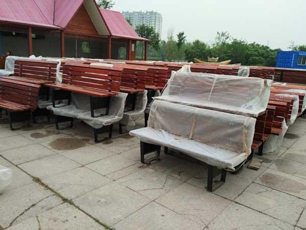 山东滨州公园户外长椅工程项目