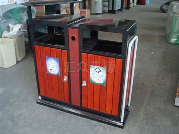 钢木垃圾桶图片