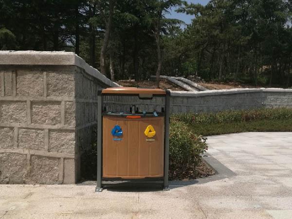 动物园不锈钢果皮箱安装项目