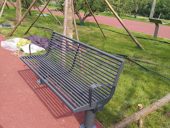雄安新区垃圾桶及公园座椅项目案例